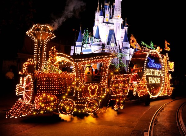 main-street-electrical-parade2