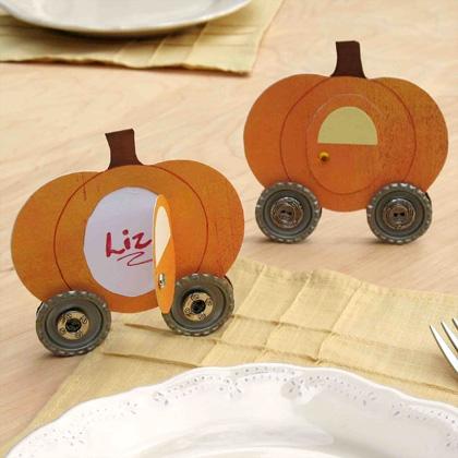pumpkin-coach-placecards-craft-photo-420x420-clittlefield-A